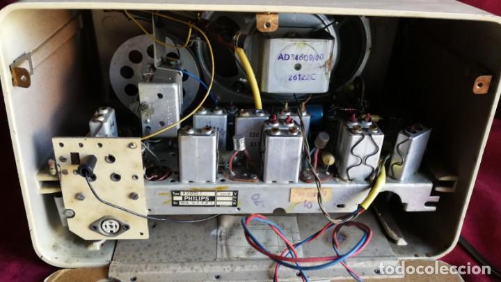 Radios antiguas: RADIO PHILIPS PHILETTA TRANSISTOR, EXCELENTE Y FUNCIONANDO, VIDEO - Foto 8 - 150742930