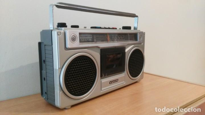 Old radios: RADIO CASSETTE SANYO M-9901K - Foto 3 - 150888810