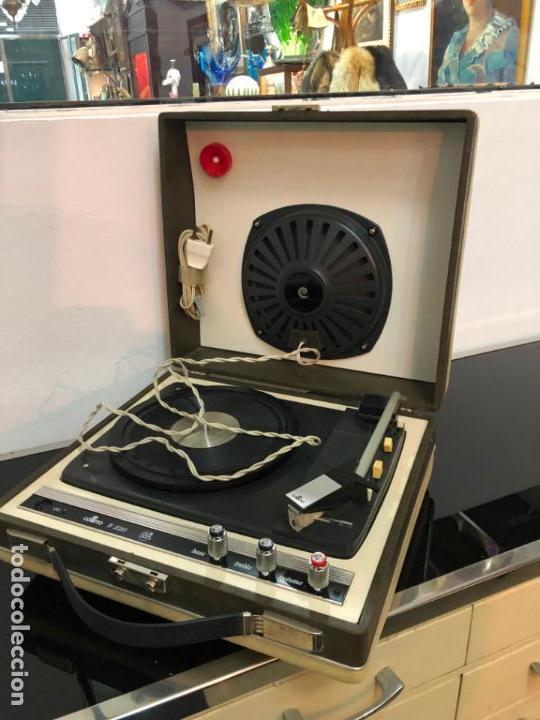 Radios antiguas: MALETIN PICK-UP AÑOS 70 - FUNCIONANDO Y MUY BUEN ESTADO - Foto 4 - 151442802