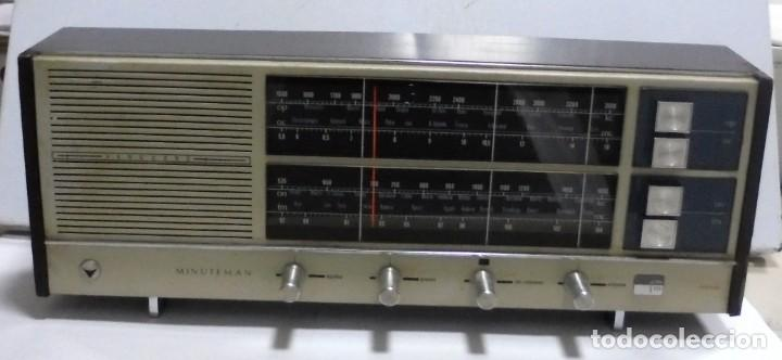 ANTIGUA RADIO. MINUTEMAN 62T. VANGUARD. SOLID STATE. FUNCIONA. VER (Radios, Gramófonos, Grabadoras y Otros - Transistores, Pick-ups y Otros)