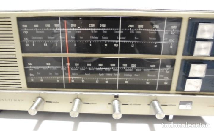Radios antiguas: ANTIGUA RADIO. MINUTEMAN 62T. VANGUARD. SOLID STATE. FUNCIONA. VER - Foto 4 - 151701866