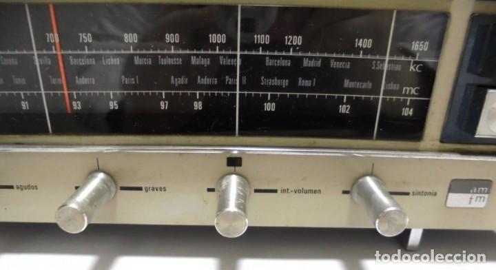 Radios antiguas: ANTIGUA RADIO. MINUTEMAN 62T. VANGUARD. SOLID STATE. FUNCIONA. VER - Foto 7 - 151701866