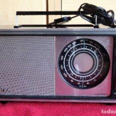Radios antiguas: RADIO PORTATIL INTER NIZA II AM NO FUNCIONA. Lote 151814894