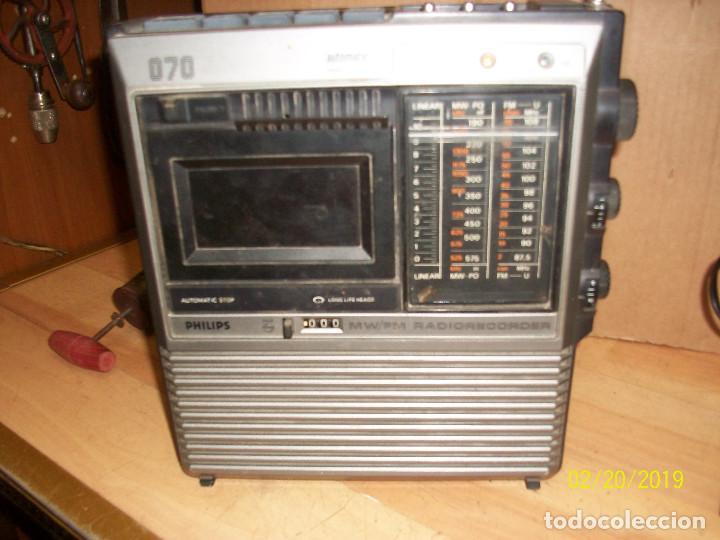 Radios antiguas: LOTE DE 2 RADIOS-PHILIPS MODELO 070 Y ORION - Foto 2 - 185706097