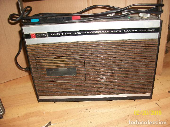 Radios antiguas: LOTE DE 2 RADIOS-PHILIPS MODELO 070 Y ORION - Foto 3 - 185706097