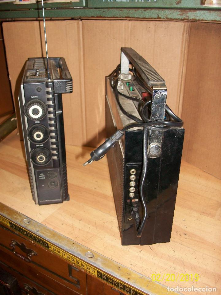 Radios antiguas: LOTE DE 2 RADIOS-PHILIPS MODELO 070 Y ORION - Foto 4 - 185706097