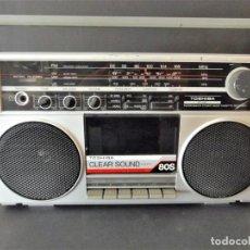 Radios antiguas: RADIO CASSETTE TOSHIBA RT80S AÑO 1983. Lote 152556942