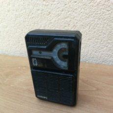 Radios antiguas: RADIO TRANSISTOR MARCA PHILIPS 051 FUNCIONANDO . Lote 152595718