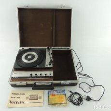 Radios antiguas: VINTAGE TOCADISCOS MALETIN MARCA INVICTA MODEL GRS-413 . Lote 153774646