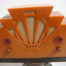 Radios antiguas: RADIO EN MINIATURA DE PILAS FUNCIONANDO DE LA COLECCION RADIOS ANTIGUAS. Lote 154539878