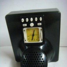 Radios antiguas: RADIO EN MINIATURA DE PILAS FUNCIONANDO DE LA COLECCION RADIOS ANTIGUAS. Lote 154540506