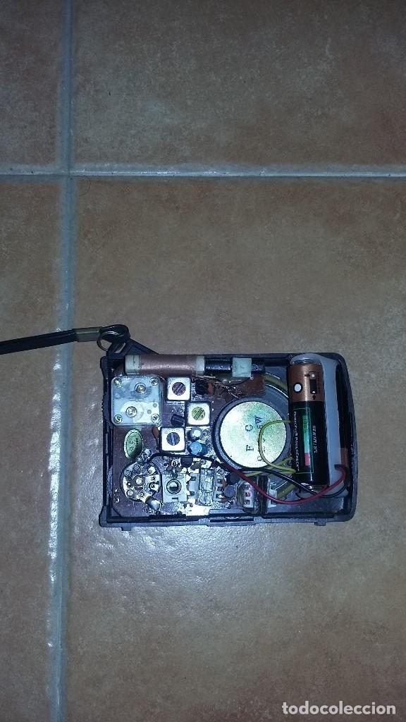 Radios antiguas: Radio transistor AM marca international - Foto 3 - 154683642