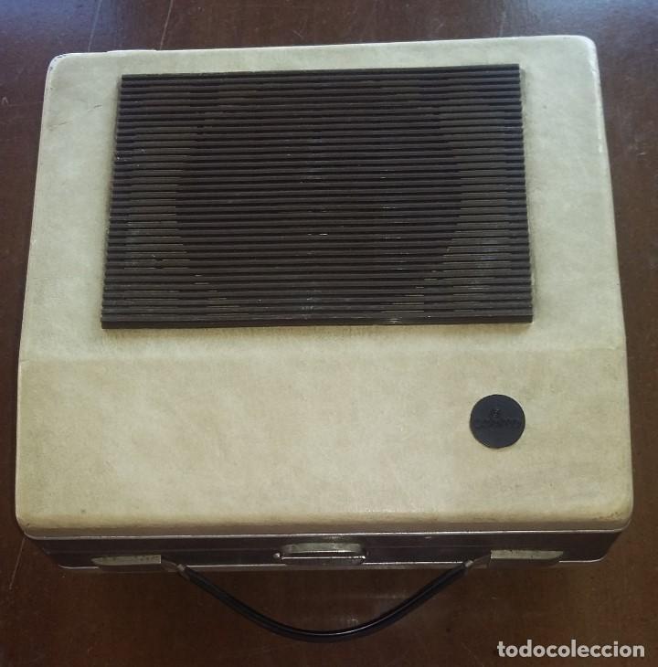 TOCADISCOS COSMO B3010 .VINTAGE. (Radios, Gramófonos, Grabadoras y Otros - Transistores, Pick-ups y Otros)