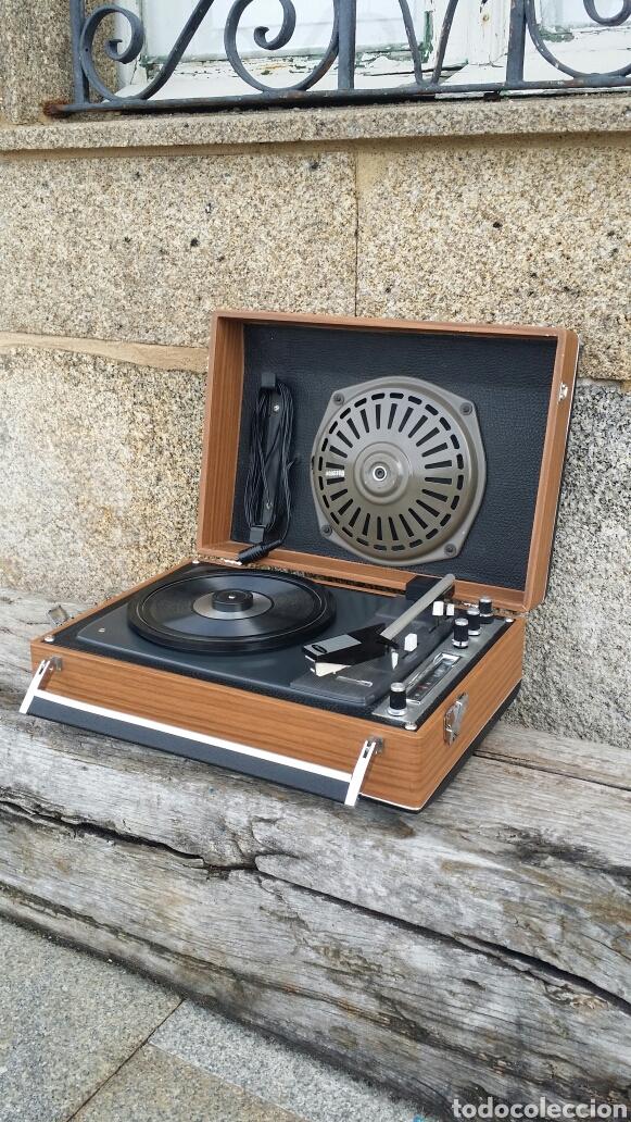 Radios antiguas: Tocadiscos de maleta pick up Iberia - Foto 2 - 155220094
