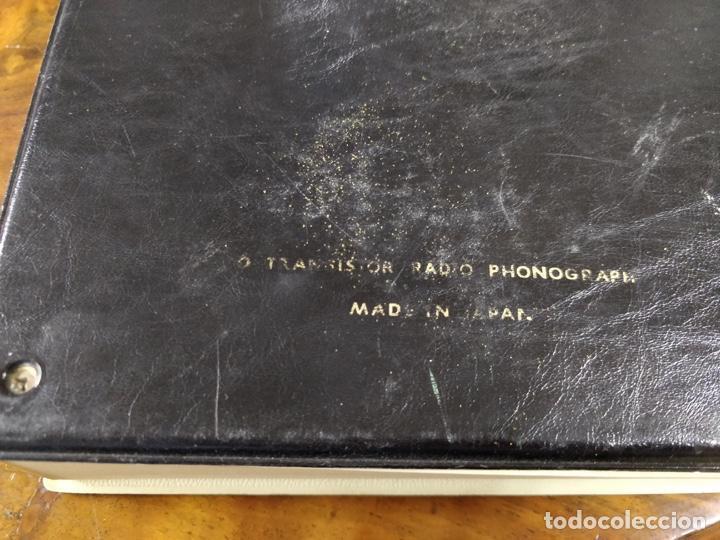 Radios antiguas: Phono Radio, radio y tocadiscos portable 2 en 1, con forma de libro - Foto 3 - 155232474