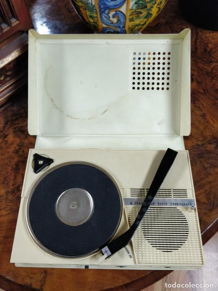 Radios antiguas: Phono Radio, radio y tocadiscos portable 2 en 1, con forma de libro - Foto 5 - 155232474