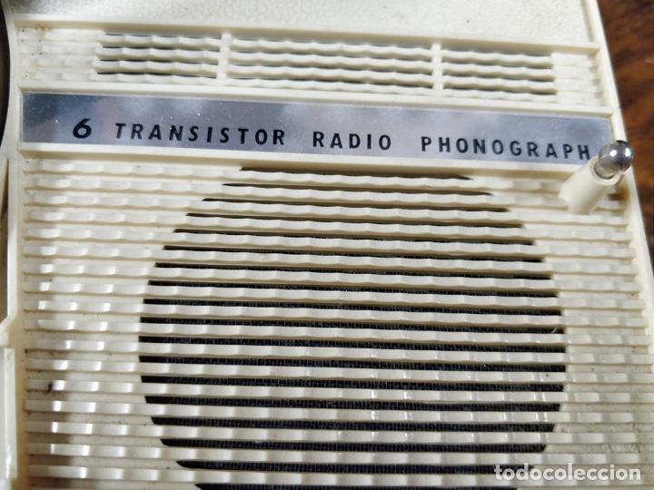 Radios antiguas: Phono Radio, radio y tocadiscos portable 2 en 1, con forma de libro - Foto 8 - 155232474