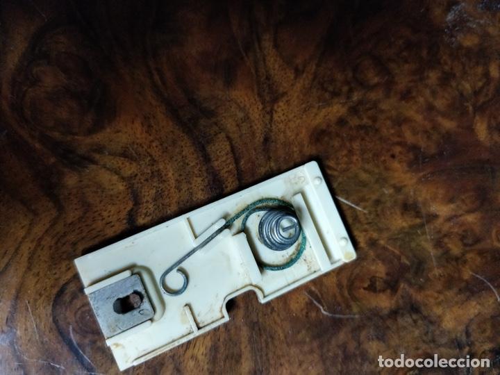 Radios antiguas: Phono Radio, radio y tocadiscos portable 2 en 1, con forma de libro - Foto 10 - 155232474