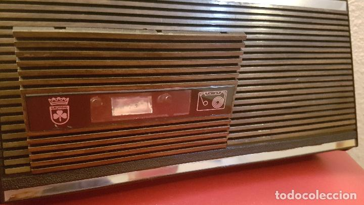 Radios antiguas: ANTIGUA RADIO CASSETTE TRANSISTOR GRUNDIG C 2OO SL AUTOMATIC DISEÑO VINTAGE C200 - Foto 5 - 155529094