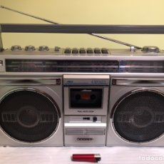 Radios antiguas: RADIO CASSETTE SANYO M 9935LU, FUNCIONANDO - VER VÍDEO. Lote 156998825