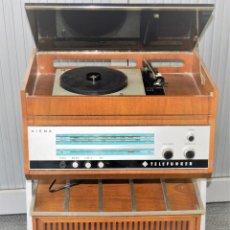 Radios antiguas: TOCADISCOS RADIO MARCA TELEFUNKEN MODELO VIENA FA 2836 FM. Lote 157365618