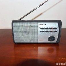 Radios antiguas: RADIO PORTATIL SONY ICF403F. Lote 157946594