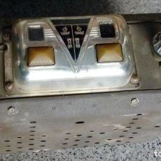 Radios antiguas: ANTIGUA RADIO ORIGINAL HUDSON PICKUP CON ANTENA - COCHE CLASICO - 1947 . USA. Lote 159360382