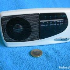 Radios antiguas: RADIO PEQUEÑA AM-FM TRANSISTOR. Lote 159657706