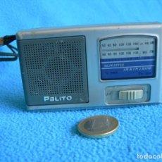 Radios antiguas: PEQUEÑO RADIO TRANSISTOR DE BOLSILLO. Lote 159660326
