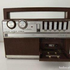 Radios antiguas: APARATO DE CASSETTE GENERAL ELECTRICA ESPAÑOLA CM 22. Lote 160296674