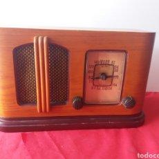 Radios antiguas: RADIO TRANSISTOR MODELO 2101. Lote 160813388