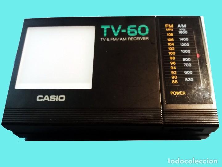Radios antiguas: MINI TV RADIO, PORTATIL CON PILAS MARCA CASIO, DIAL AM,FM y PANTALLA.12 X 6,5 X 3 cm. SEMINUEVO. - Foto 6 - 161107250