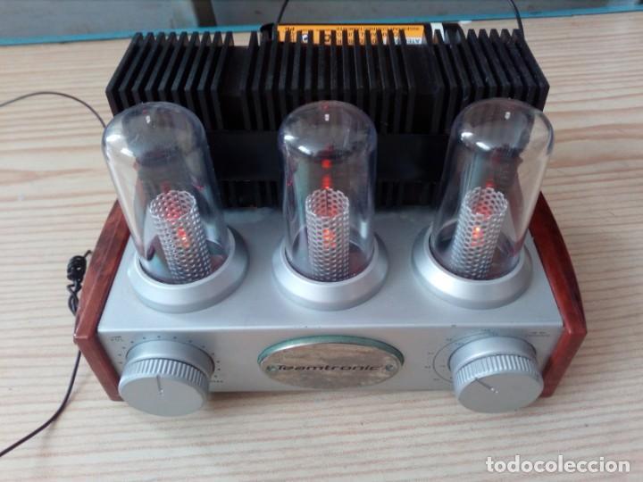 RADIO TEAMTRONIC - FUNCIONA A PILAS (Radios, Gramófonos, Grabadoras y Otros - Transistores, Pick-ups y Otros)