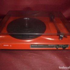 Radios antiguas: MAGNIFICO ANTIGUO TOCADISCOS PHILIPS ELETRONIC D 5220,FUNCIONANDO. Lote 163219802