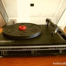 Radios antiguas: TOCADISCOS STEREO MARCA UNIVERSUM FV 4605 WEST GERMANY (VINTAGE AÑOS 70) FUNCIONA PERO 2 DEFECTOS. Lote 163843902