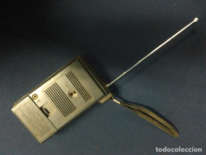 Radios antiguas: RADIO TRANSISTOR SANYO RP 5040A - Foto 4 - 165456706