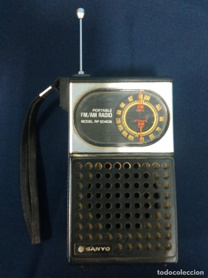 RADIO TRANSISTOR SANYO RP 5040A (Radios, Gramófonos, Grabadoras y Otros - Transistores, Pick-ups y Otros)