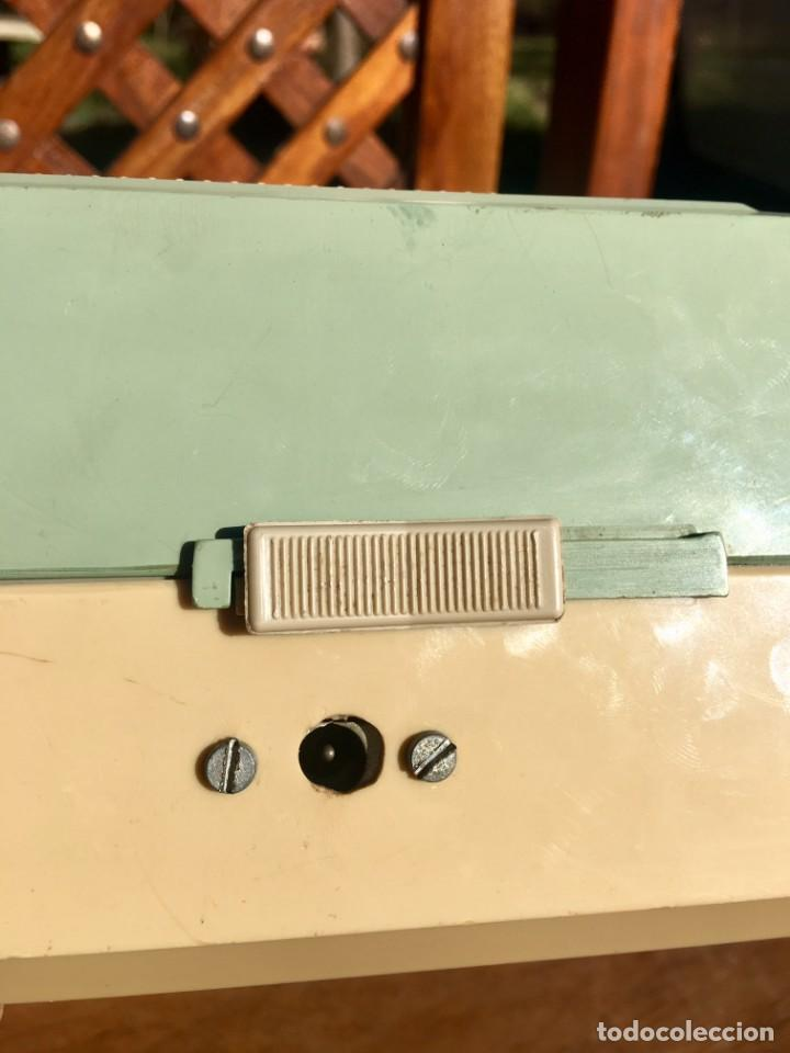 Radios antiguas: Philips All Transistor Tocadiscos Funcionando - Foto 9 - 166050558