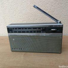 Radios antiguas: RADIO TRANSISTOR LAVIS 425 FUNCIONANDO. Lote 166062693