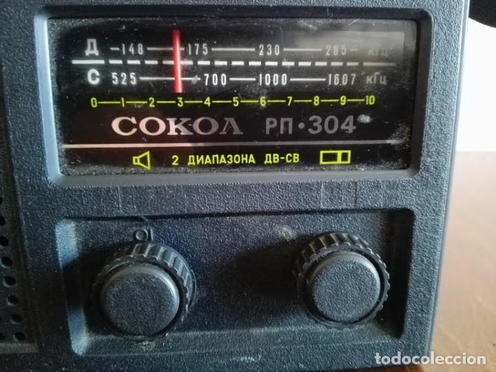 Radios antiguas: Radio sokol URSS vintage, radio portátil años 70 - Foto 5 - 166158190