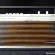 Radios antiguas: ANTIGUO RADIO TRANSITOR NORDMENDE CORVETTE DE LUXE TYP 111. 4 BANDAS. ALEMANIA, 1972-73. ESCASA. Lote 166349894