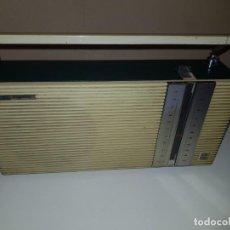 Radios antiguas: LAVIS BUNGALOW. Lote 166452890