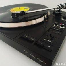 Radios antiguas: PHILIPS AF 777 GIRADISCOS. Lote 166599138