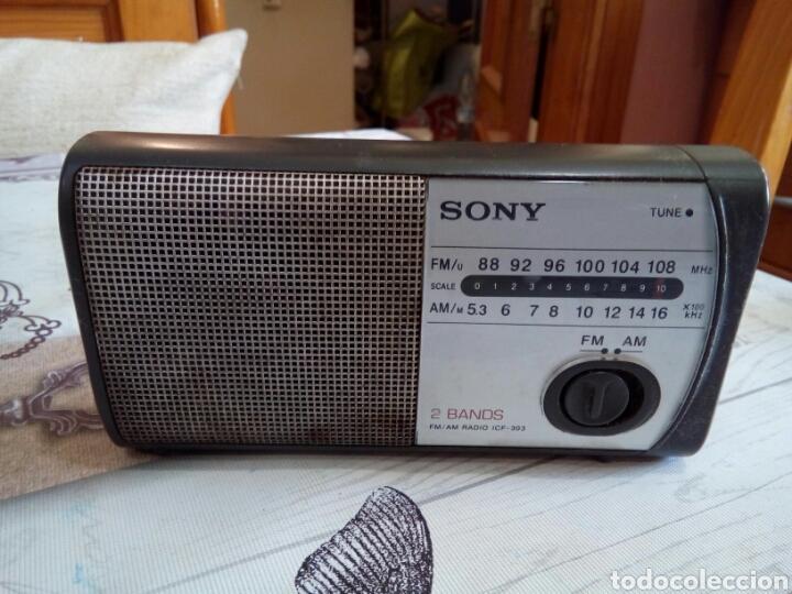 RADIO SONY 2 BANDS ICF-303 (Radios, Gramófonos, Grabadoras y Otros - Transistores, Pick-ups y Otros)