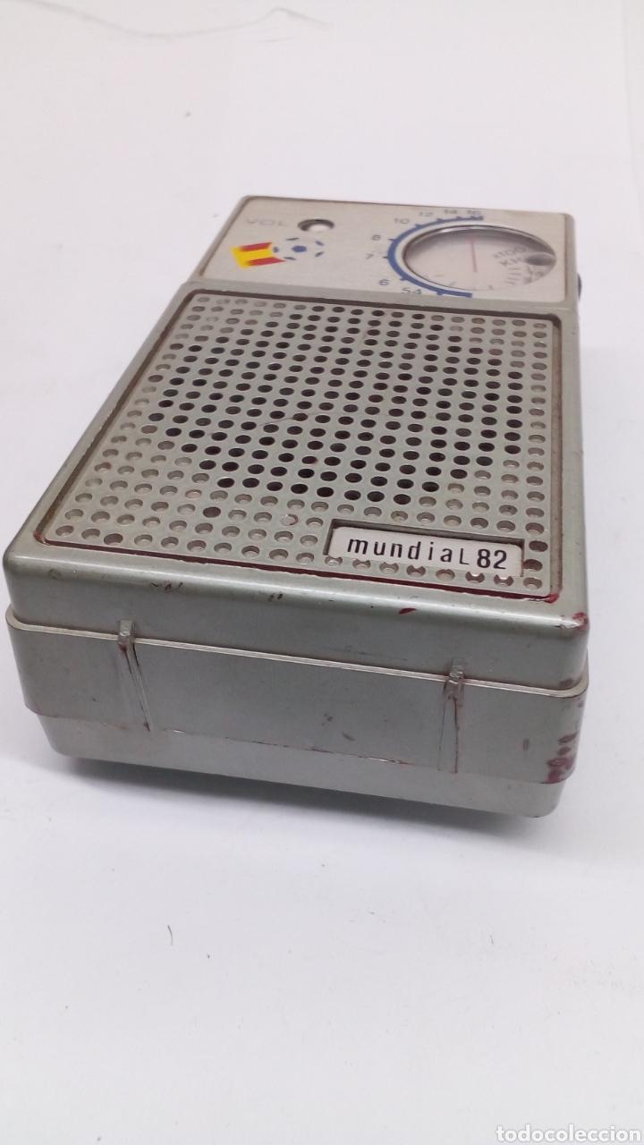 RADIÓ ESPAÑA 82 EN FUNCIONAMIENTO (Radios, Gramófonos, Grabadoras y Otros - Transistores, Pick-ups y Otros)