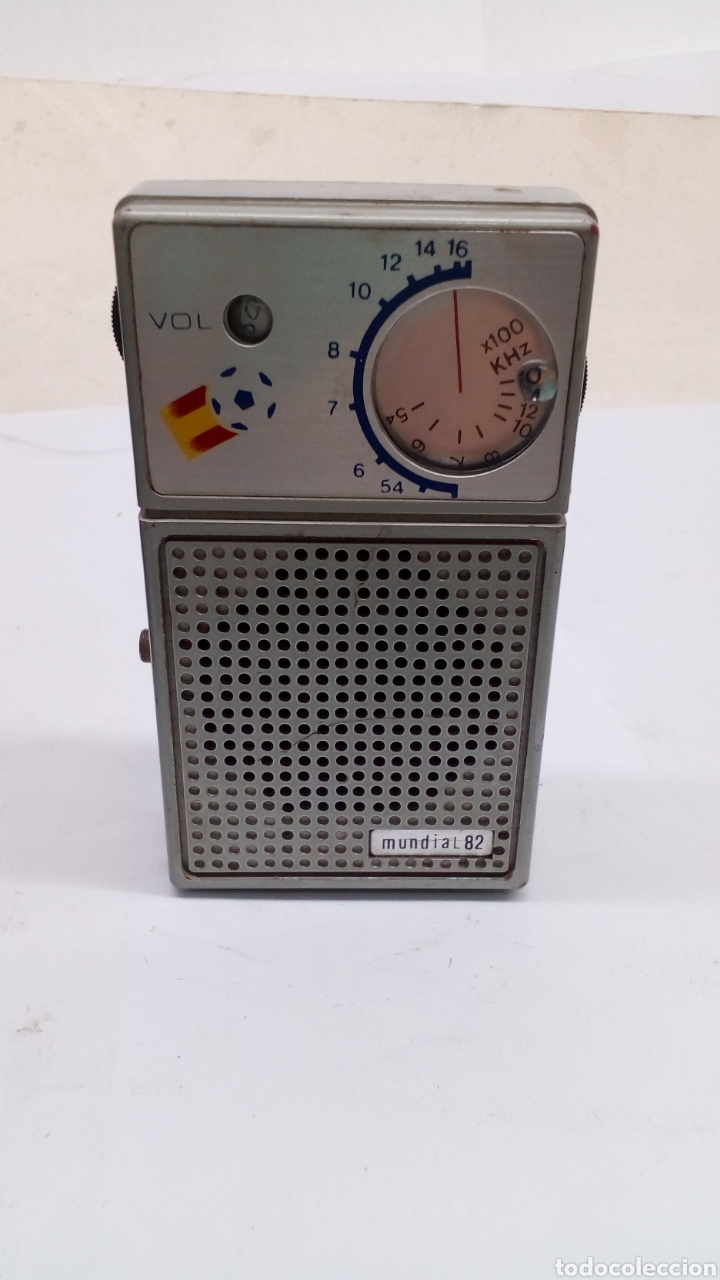 Radios antiguas: Radió españa 82 en funcionamiento - Foto 2 - 167667484