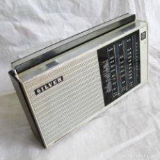 Radios antiguas: RADIO TRANSISTOR SILVER MW, SW Y FM, FUNCIONANDO. Lote 178326483