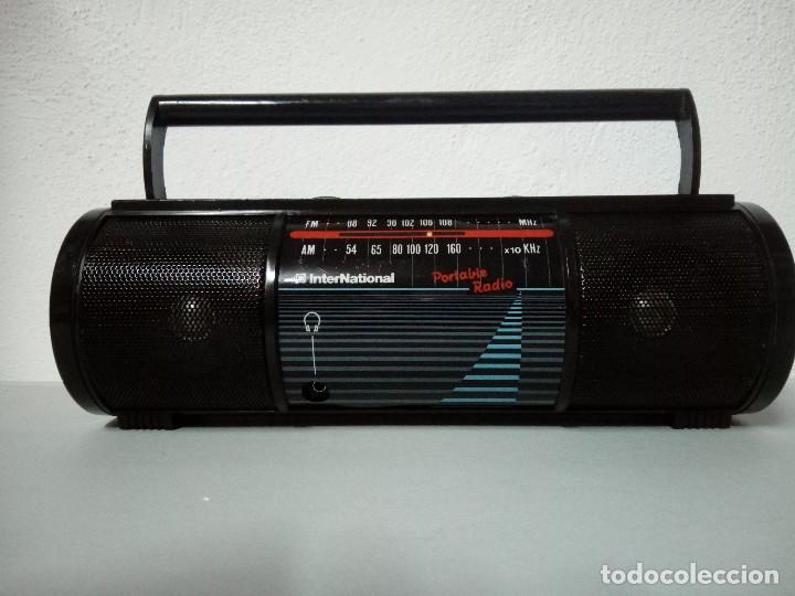 RADIO TRANSISTOR INTERNATIONAL M 4000 (Radios, Gramófonos, Grabadoras y Otros - Transistores, Pick-ups y Otros)