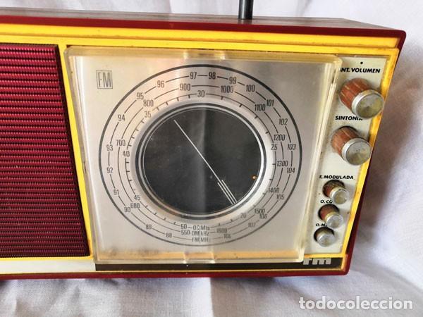 Radios antiguas: RADIO DE LA MARCA INTER AÑOS 60 - FUNCIONA - - Foto 4 - 170114844
