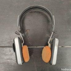 Radios antiguas: AURICULARES - CASCOS CON RADIO VINTAGE. AÑOS 80. Lote 170312528